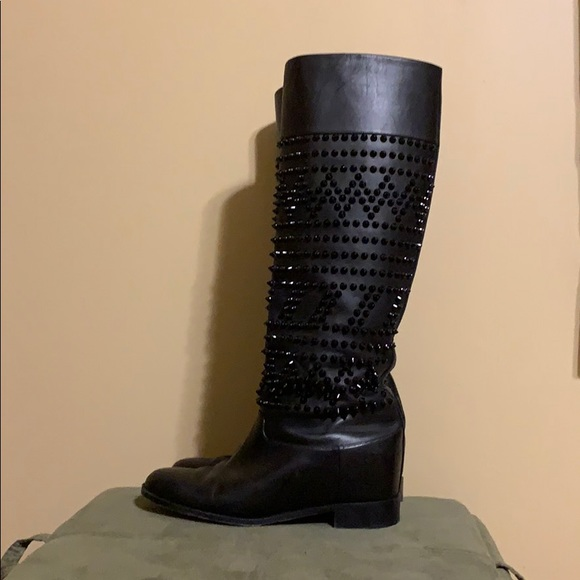 on sale 0b336 01f6c Christian Louboutin ROM chic studded boots